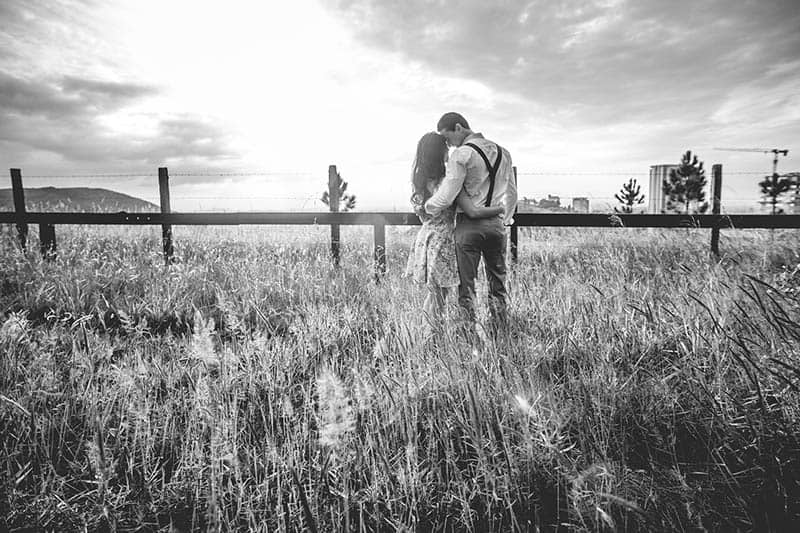 This Is What Being Faithful Really Is (Because It's More Than Not Cheating)