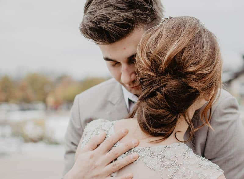 18 Undeniable Signs He Loves You Secretly And Deeply