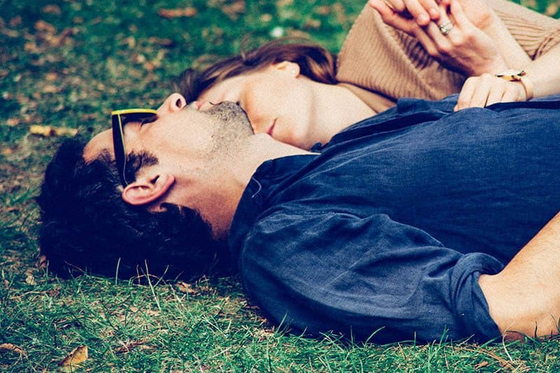 Being In Love With Your Partner Doesn't Make You Compatible