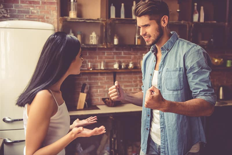 7 Most Common Conversation Control Tactics All Narcissists Use