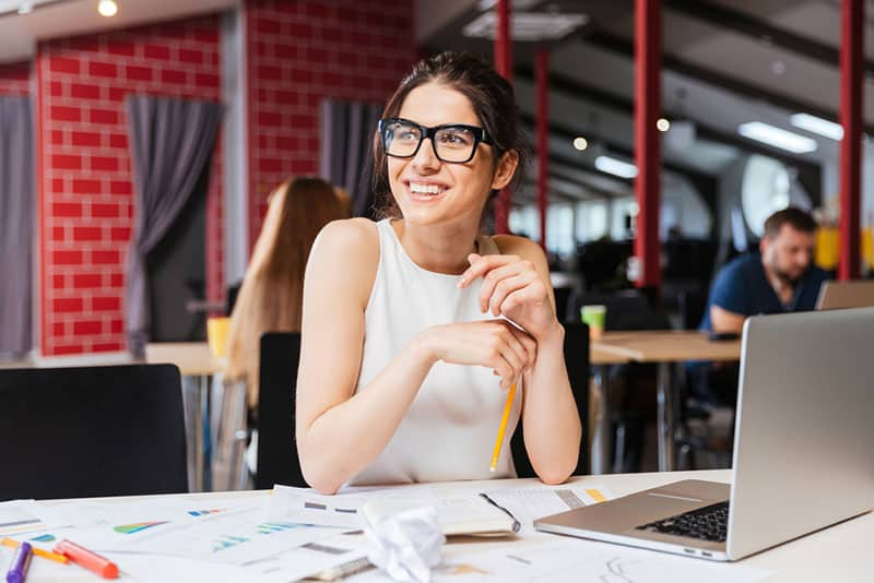 happy bussines woman working
