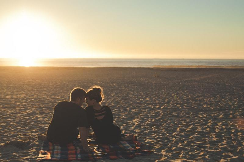 6 Crucial Things You Should Consider Before Dating A Friend