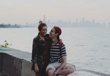 How To Tell If A Guy Is Flirting With You: 15 Signs He Is