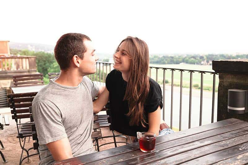 How To Approach A Girl? 9 Tips That Work Like A Charm