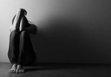 7 Symptoms Of Existential Depression & 6 Ways To Treat It