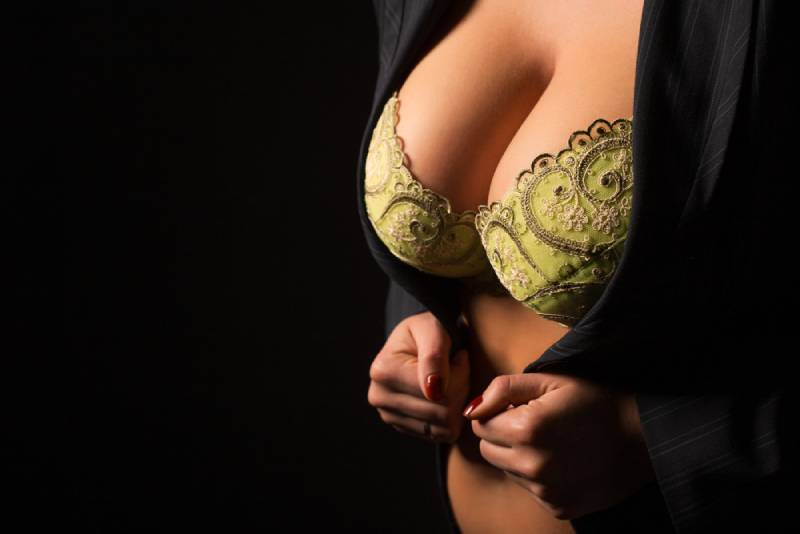 woman in bra with big breast