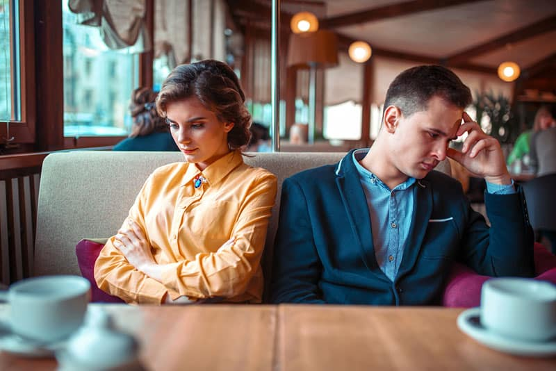 6 Clear Signs It's High Time You Ditch Your Ex For Good