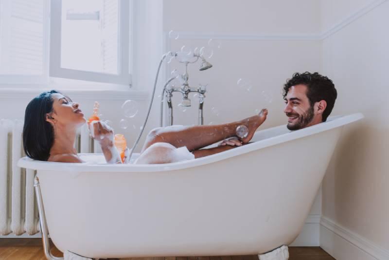 couple having bath together
