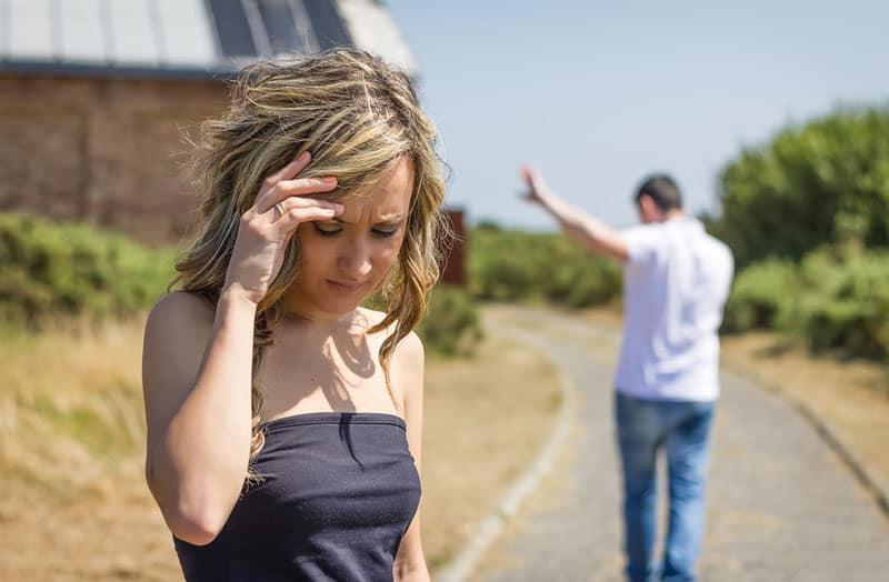 4 Destructive Break-Up Tactics Abusive Narcissists Use