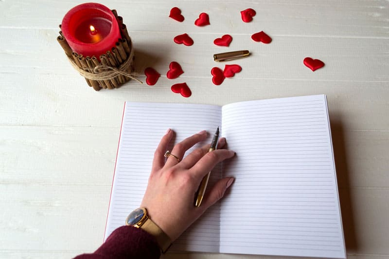 Top 40 Beautiful Poems For Her Straight From The Heart