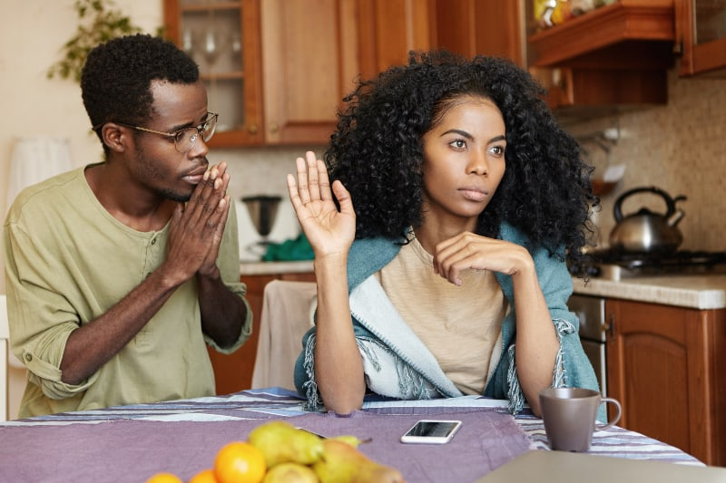 woman refuses her boyfriend
