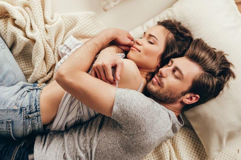 couple spoon sleeping