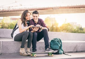 Romance In College: 17 Tips To Make It Work
