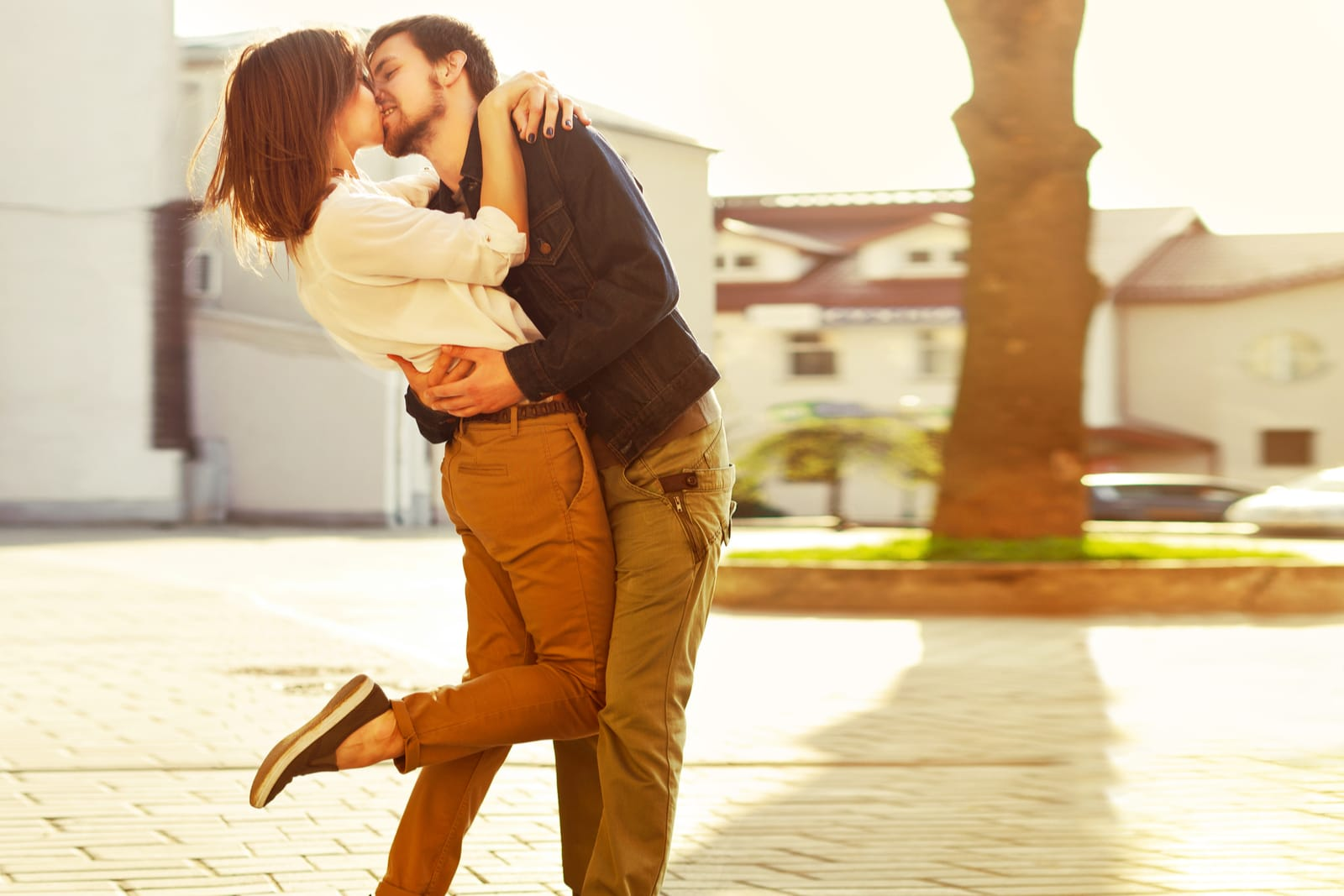 5 Power Moves A Woman Should Pull If She Wants A Real Relationship