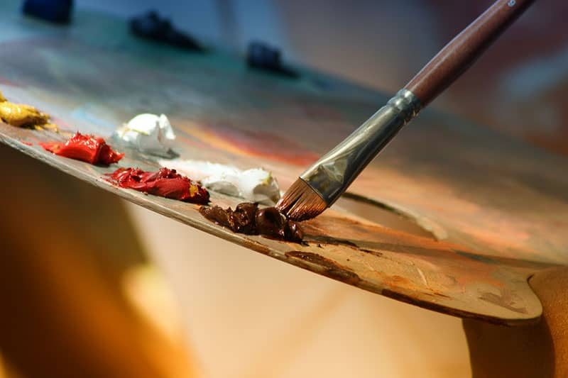 close photography of a brush-painting-color-paint