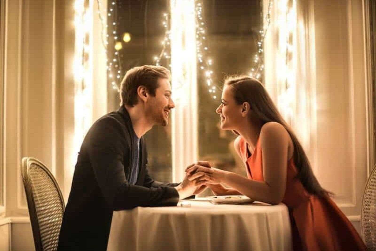 couple having dinner at restaurant