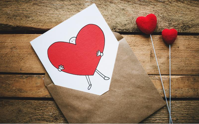 Envelope with heart ilustration onj it