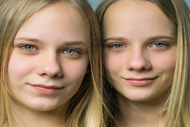 blonde female twins with blue eyes