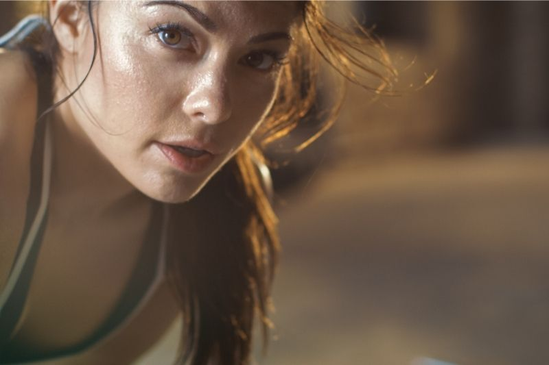 close shot of a beautiful woman athletic and focused