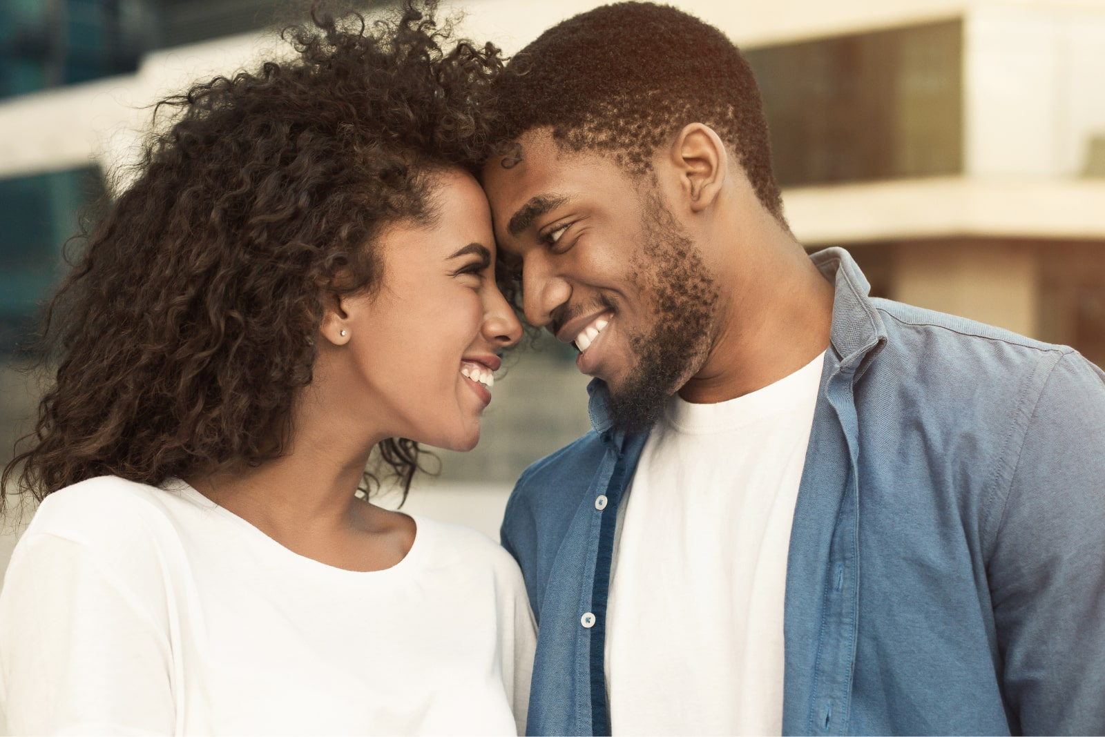 Top 10 Obvious Signs A Man Is Attracted To You Sexually